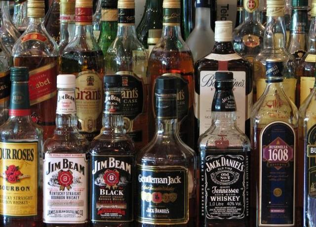 По уровню расходов на алкоголь Россия в 2013г. уступила только Эстонии