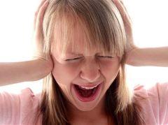 Звон в ушах может повлиять на эмоции