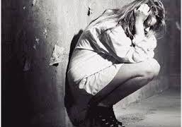 В США, девочки принимают антидепрессанты чаще