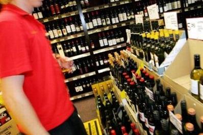 Реклама алкоголя негативно влияет на подростков