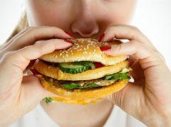 Посттравматический  синдром может вызвать ожирение у женщины