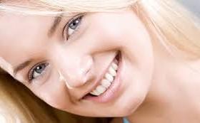 Как отбелить зубы дома, а губы сделать красивыми