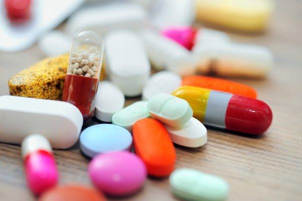 Препараты от болезни Альцгеймера помогут бороться с ожирением