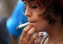 Пассивное курение марихуаны негативно влияет на здоровье окружающих