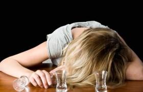 Минздрав посчитал количество заболевших алкоголизмом в стране