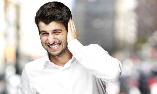 Информационный шум может  может искалечить психику человека