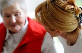 Ученые выяснили первые симптомы болезни Альцгеймера