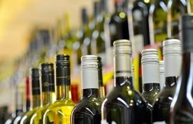 Главный нарколог Минздрава планирует убрать алкогольные напитки из супермаркетов