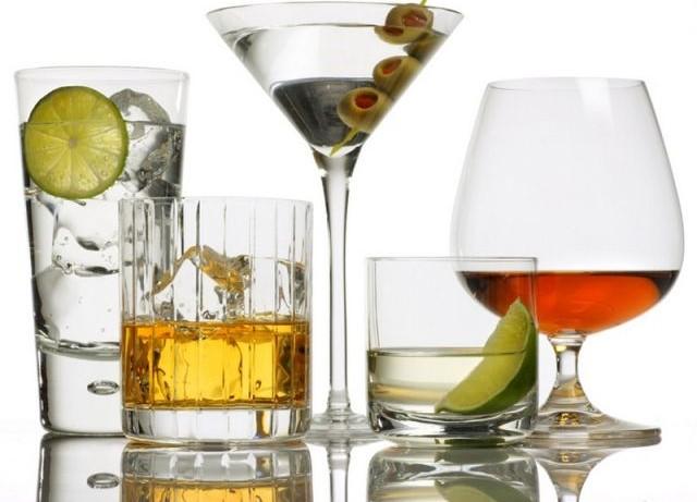 Алкоголь может вызвать никотиновую зависимость