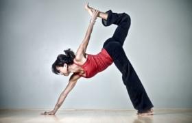 Йога поможет избавиться от стресса