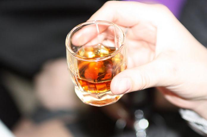 Ученые разработали новый способ лечения алкоголизма
