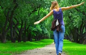 Прогулки на свежем воздухе защитят от стресса