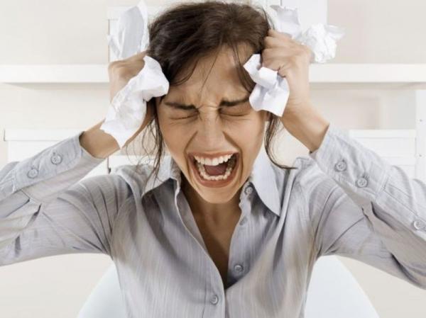 Эмоциональный стресс может являться причиной переедания