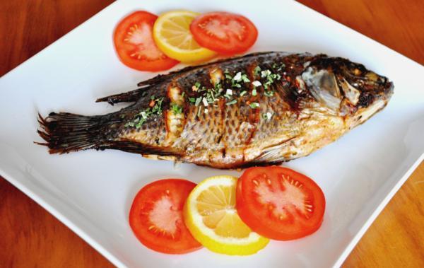 Рыбные продукты защитят от болезни Альцгеймера