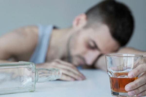 Контроль нейронов мозга поможет избавиться от алкоголизма