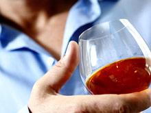 Возраст влияет на переносимость алкоголя