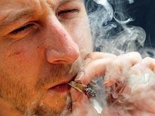 Длительное курение конопли увеличивает риск заболеваний десен и последующего выпадения зубов