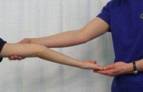 Синдром Элерса-Данлоса (гиперэластичность кожи)
