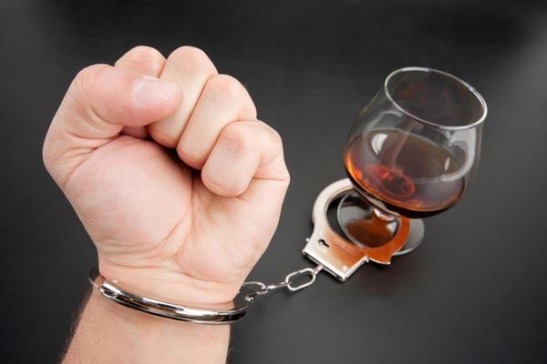 В чем состоит вред алкоголя