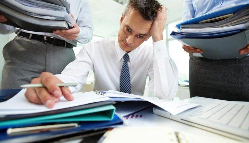 Доказано: трудоголизм может привести к алкоголизму