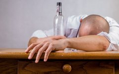 Алкоголь назван причиной возникновения соматических болезней