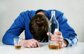 Контроль эмоций повышает риск алкоголизма