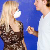 Пассивное курение вызывает стресс у представительниц прекрасного пола