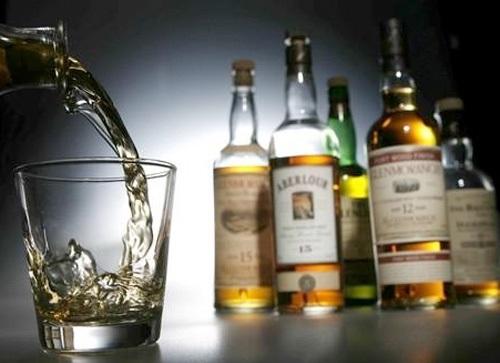 Употребление алкоголя снижает качество сна