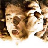 Ученые нашли схожесть в мышлении творческих людей и шизофреников