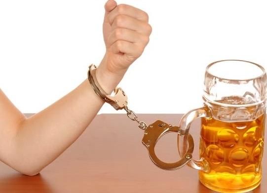 Галлюциногены будут применять для лечения алкоголизма