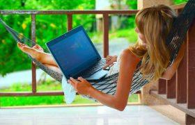 Сотрудники, работающие удалённо, получают больше удовольствия от труда и меньше стресса