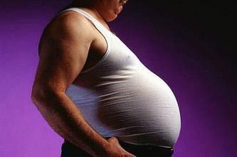 Большой живот в 40 лет может привести к возникновению болезни Альцгеймера в преклонном возрасте