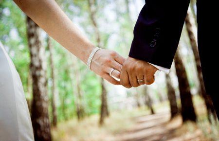 Ученые рассказали, как сохранить брак