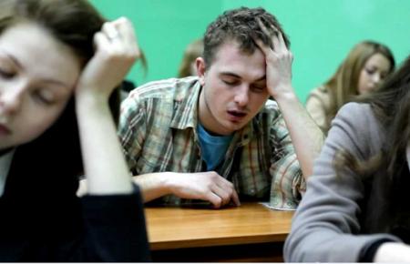 У пьющих студентов замечены изменения в активности мозга