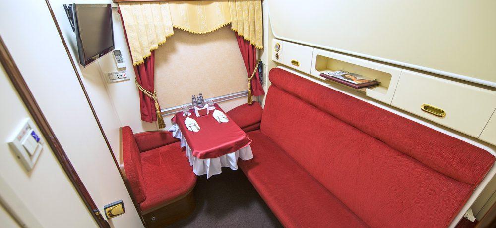 Частный поезд Москва — Санкт-Петербург