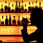 Небольшие дозы алкоголя помогают общаться на иностранных языках