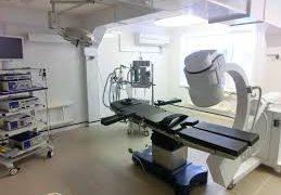 Какой хирургический стол выбрать: электрический или механогидравлический?