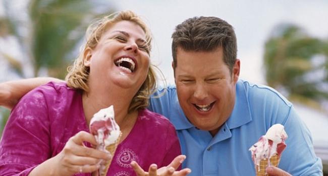 Толстяки чаще считают себя счастливыми – исследование
