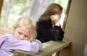 Каковы типичные признаки аутизма?