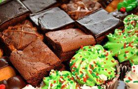 Диетолог: Россияне заедают стресс четвертью центнера сладостей в год