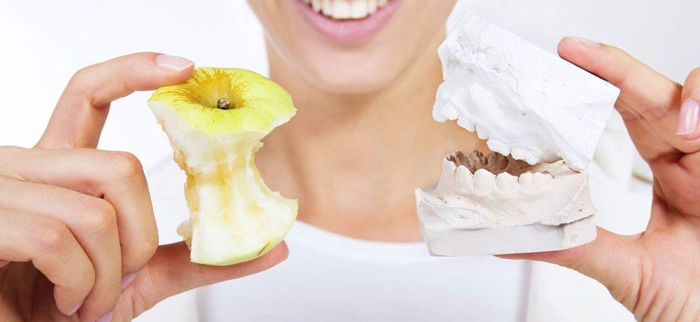 Виды зубного протеза
