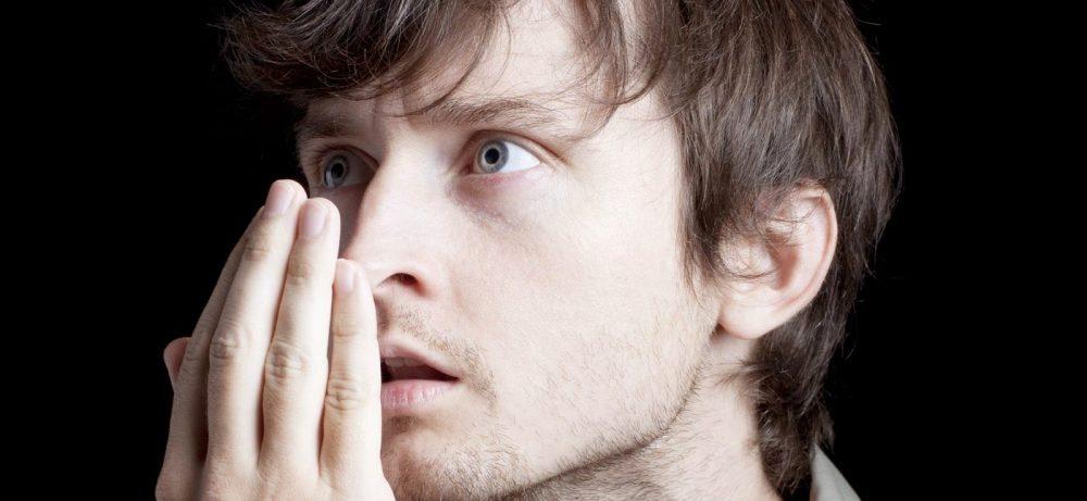 Необычные причины плохого запаха изо рта