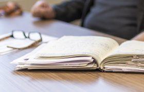 Ученые: пожилые сотрудники сильнее переживают психологический стресс на рабочем месте