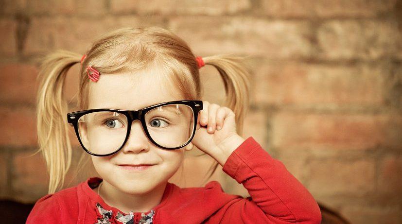 Как сделать ношение очков комфортнее для ребенка?