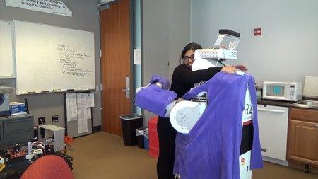 Учёные создали мягкого тёплого робота для объятий