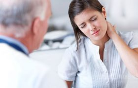 Причины обратиться к неврологу и ортопеду