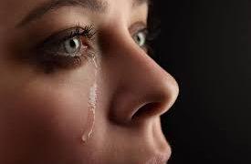 Как слезы помогают справиться со стрессом