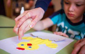 Стресс матери ребенка-аутиста сопоставим со стрессом солдата в горячей точке