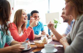 Ученые: общение с богачами подрывает здоровье