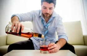 Алкоголь — наркотик!? Признаки заболевания алкоголизмом